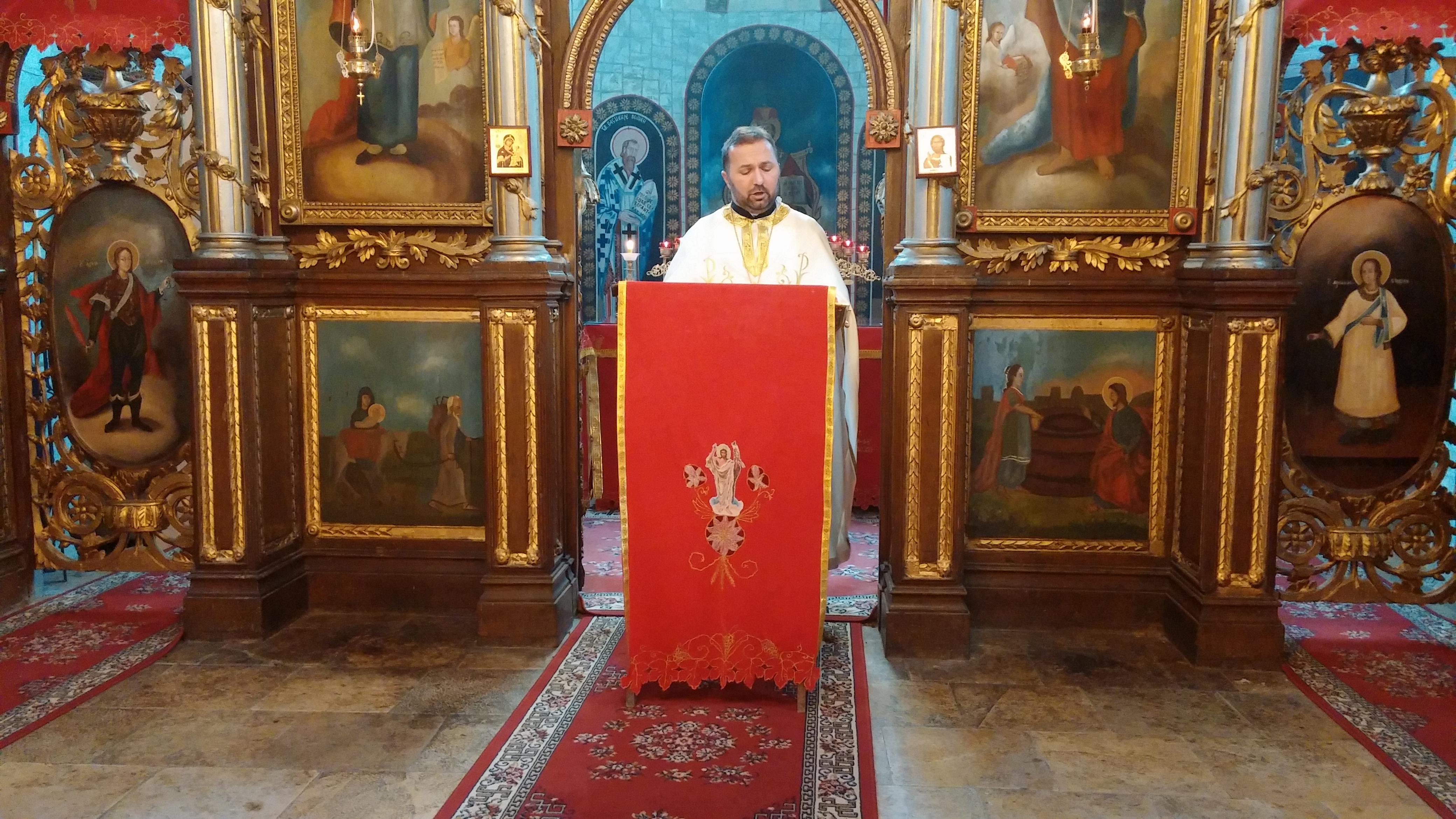 Прослављена храмовна слава у Манђелосу