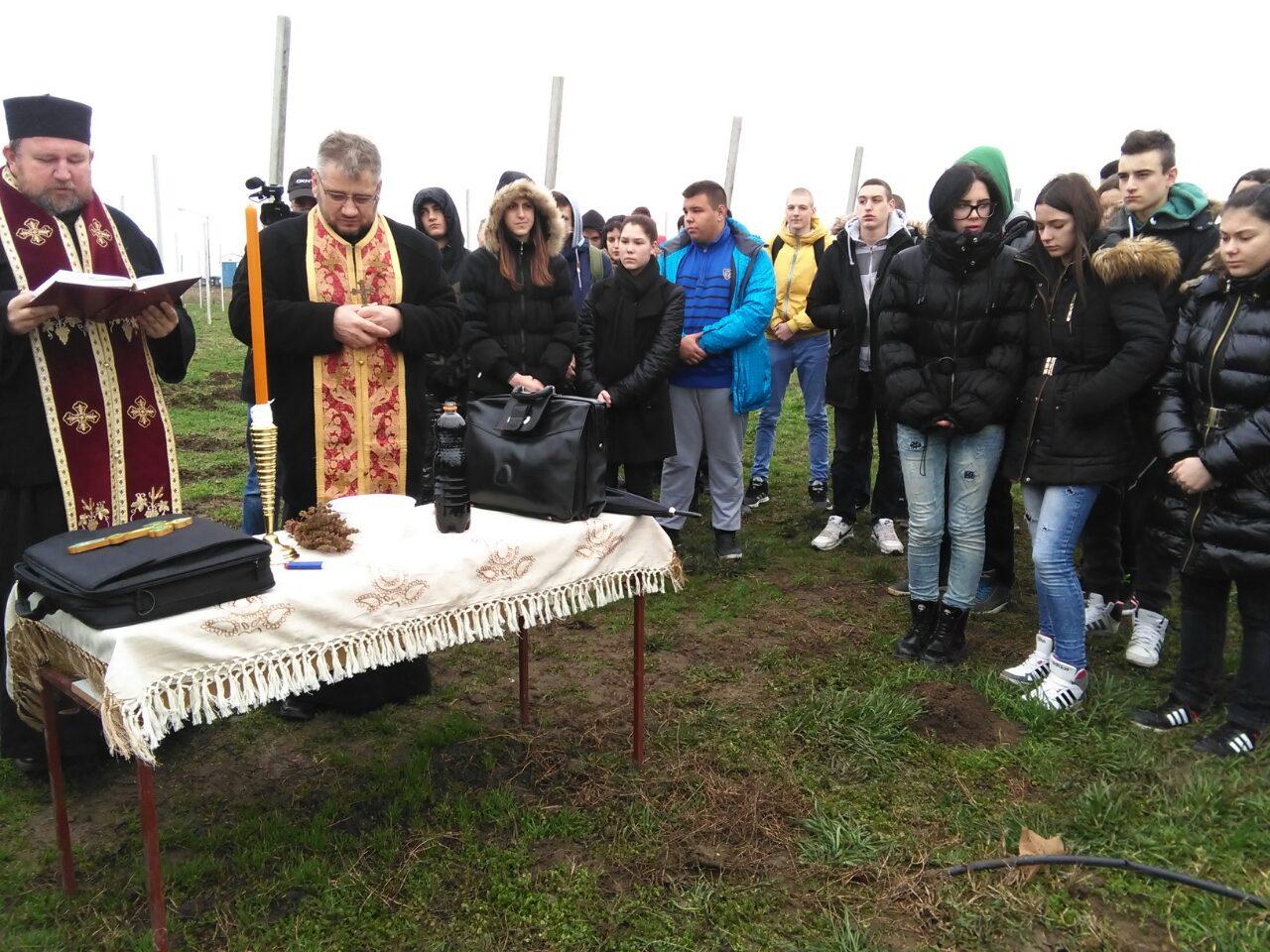 Свети Трифун прослављен у румској пољопривредној школи