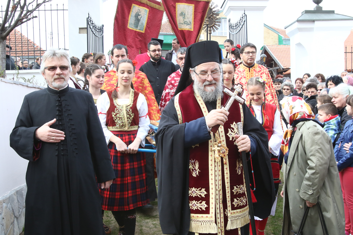 Најава: Епископ сремски у недељу, 10. априла, у Беркасову