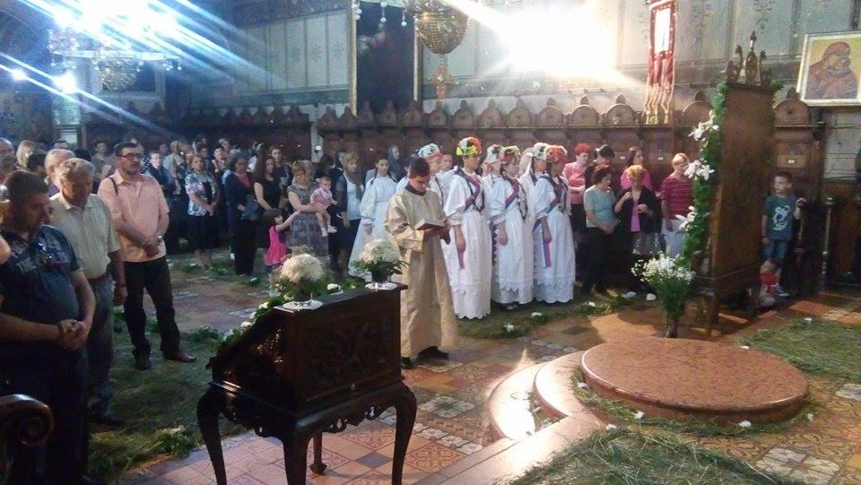 Прослављена слава Храма Силаска Светог Духа на апостоле у Руми