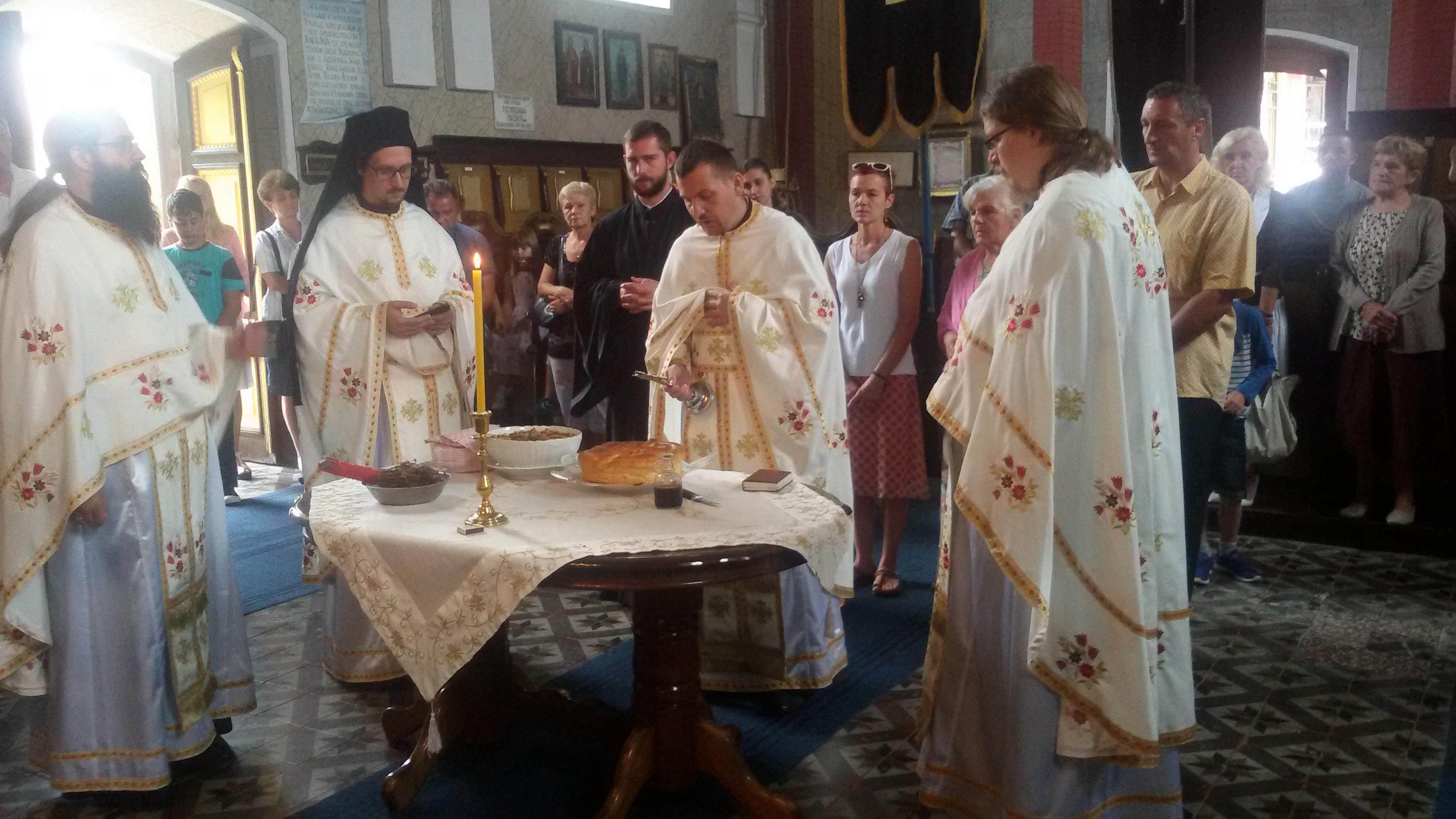 Прослава храмовне славе у селу Бешенову