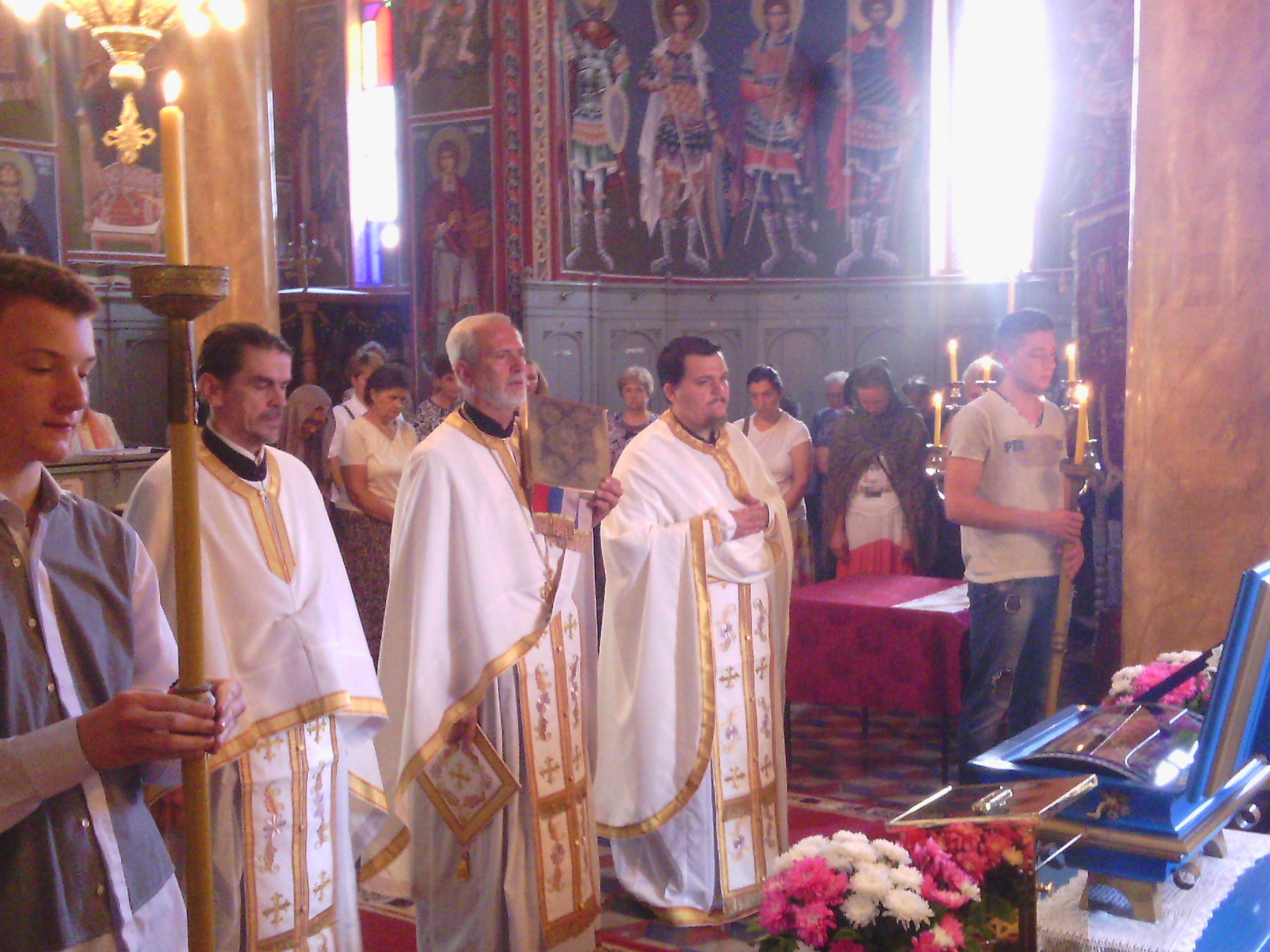 Света Литургија у Новом Сланкамену