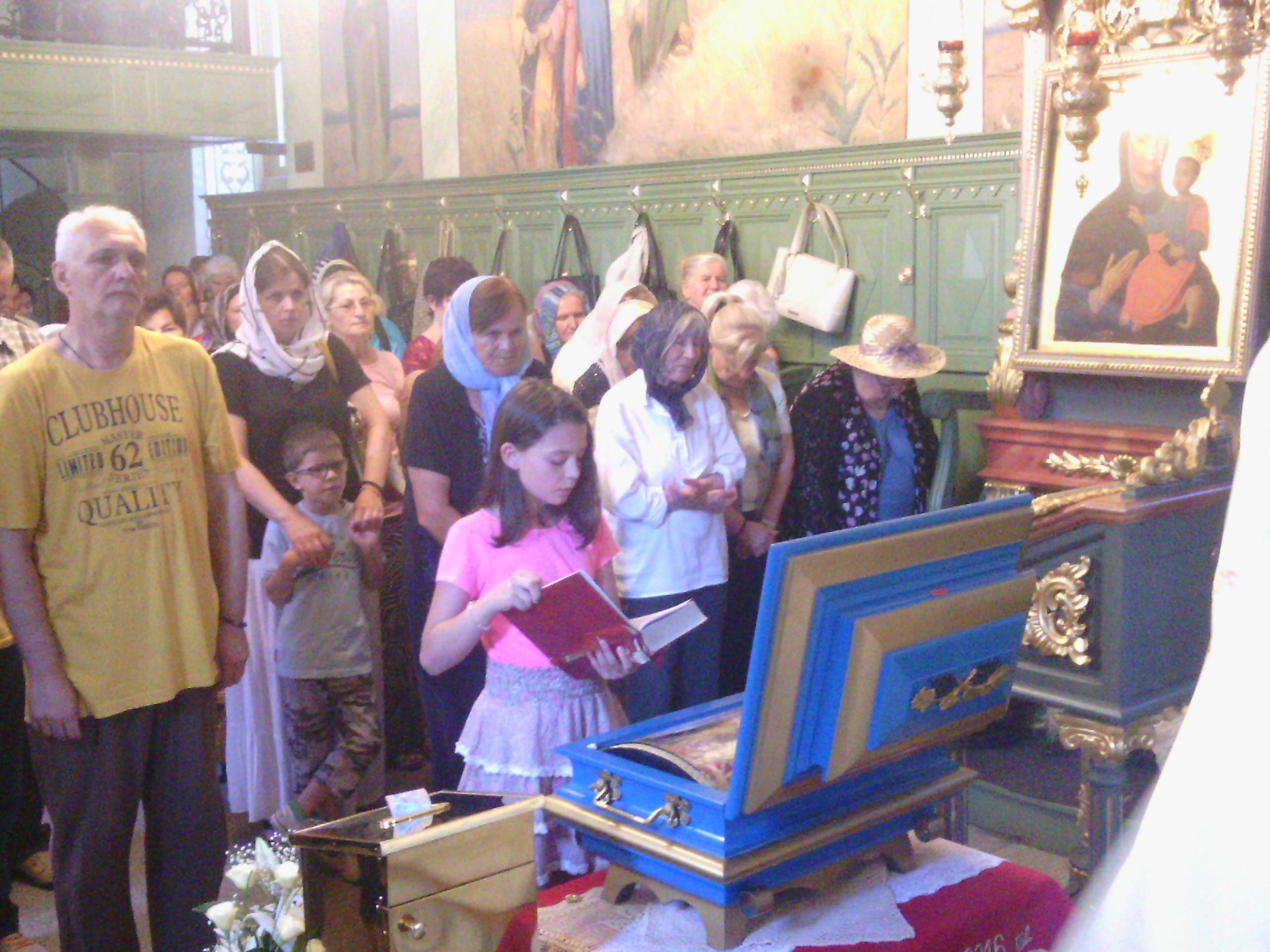 Рука Мајке Ангелине у Храму Ваведења Пресвете Богородице у Инђији