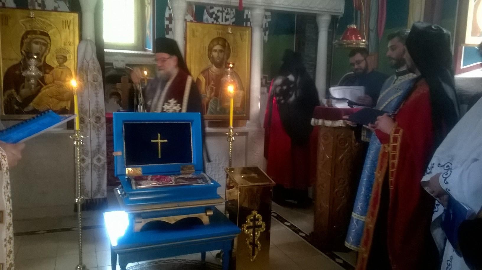 Мошти мајке Ангелине у манастиру Старо Хопово