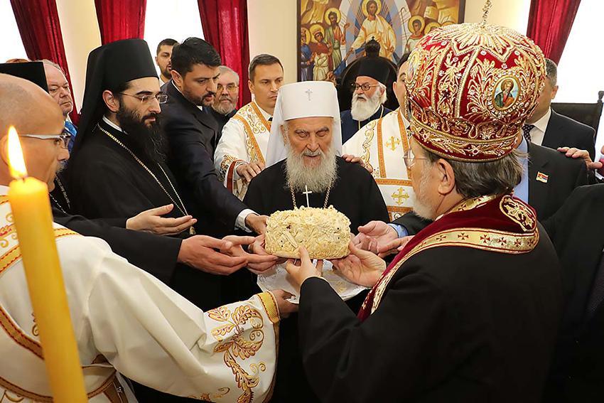 """""""Где је слава ту је и Србин"""""""