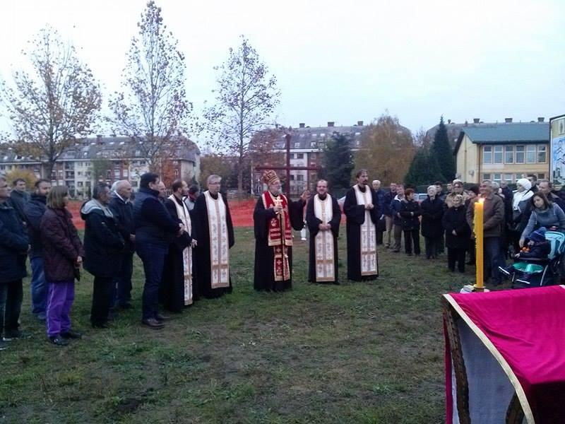 Освећено земљиште за нови храм Преподобној мајци Ангелини,  у насељу Бановци-Дунав