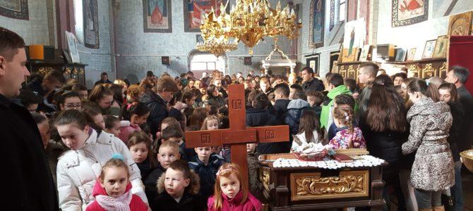 Величанствено прослављен празник Светог Саве у Манђелосу