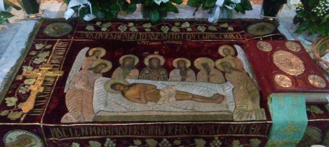 Велики петак у Храму Силаска Светог Духа на апостоле у Руми
