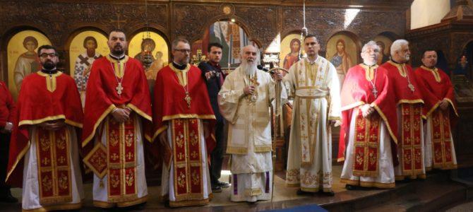 Његова Светост патријарх српски Г. Иринеј на Велики четвртак служио у Покровској цркви