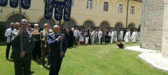 Прослављена слава манастира Јазак – празник Силаска Светог Духа на апостоле