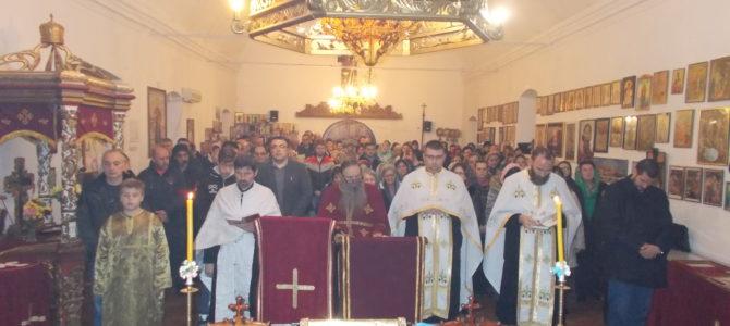 Молитвена прослава Светог Нектарија Егинског у митровачком храму Светог архиђакона Стефана