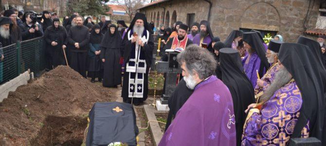 Беседа епископа Teодосија на опелу игуманији Ефросинији