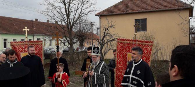Света архијерејска Литургија пређеосвећених дарова у Сибачу