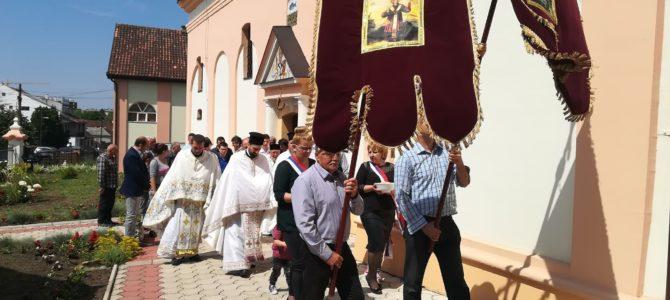 Храм Преноса моштију Светог оца Николаја у Руми прославио своју славу