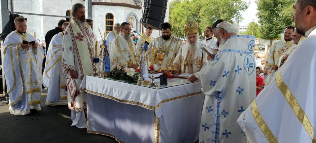 Освећен храм Светог Николаја у Зрењанину