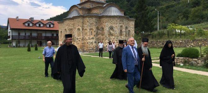 Владе Републике Србије помаже обнову и изградњу светиња