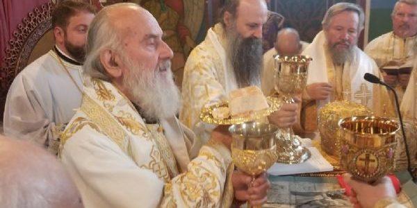 Патријарх Иринеј богослужио у Бирмингамској Лазарици