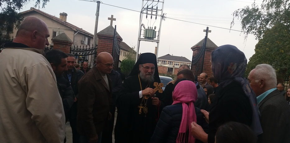 Епископ сремски г. Василије освештао живопис храма Светог архангела Гаврила у Ашањи