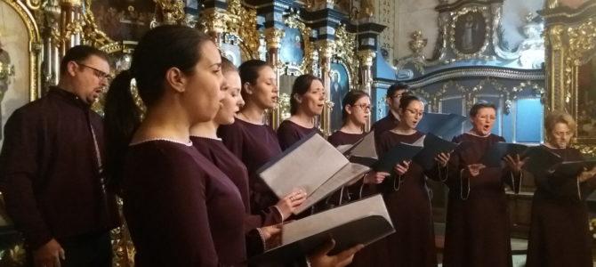 Концерт хорова на Божићне покладе у Сурчину