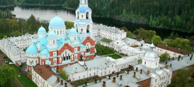 Патријарх Иринеј посетио Воскресењски манастир
