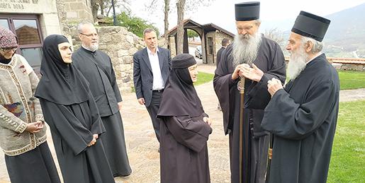 Патријарх Иринеј: Земља српска не може туђа да буде