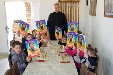 Посета предшколаца Храму преноса моштију Светог оца Николаја у Кленку