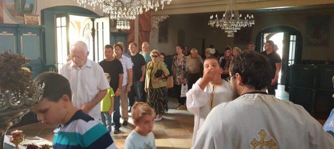 Светом Литургијом обележен почетак нове школске године у Беочину