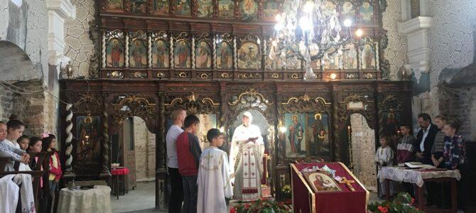 Литургијски прослављен празник Светих и праведних Јоакима и Ане у храму Светог архангела Гаврила у Буђановцима