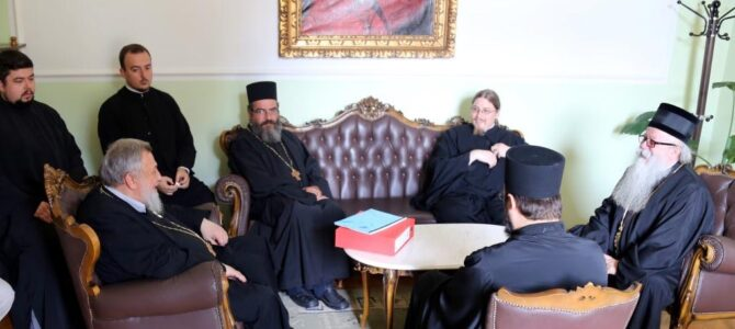 Примопредаја дужности ректора Карловачке богословије
