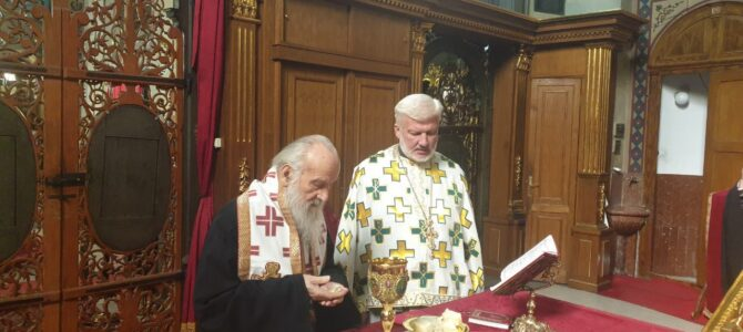 Патријарх српски Иринеј на Литургији у Саборној цркви