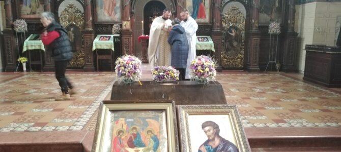 Литургијски прослављен Свети Лука у храму Силаска Светог Духа на апостолe у Руми