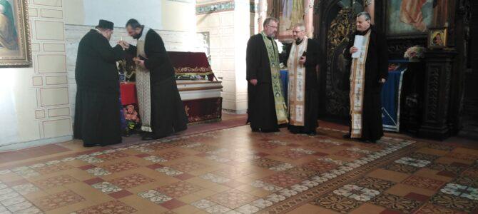 У Руми служен акатист над моштима Светог Арсенија Сремца