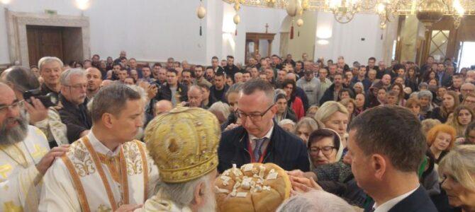 Патријарх српски г. Иринеј служиo у храму Светог Димитрија на Новом Београду