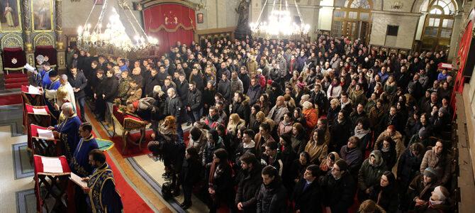 Патријарх српски г. Иринеј служио у Саборној цркви у Београду Молебан за спас Српског народа у Црној Гори