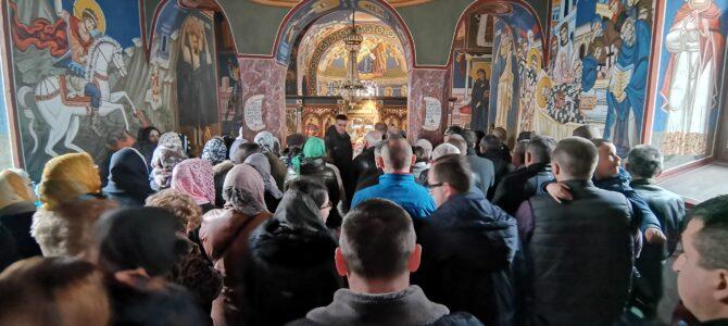 Богослужење у манастиру Велика Ремета