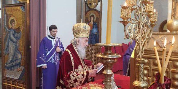 Патријарх српски г. Иринеј на Велику суботу служио у Марковој цркви