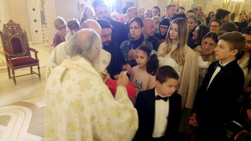Патријарх српски г. Иринеј богослужио на Врачару
