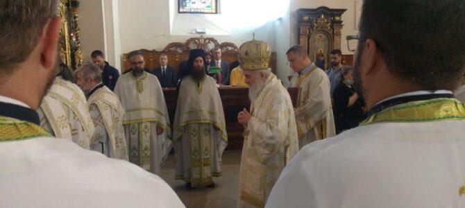 Патријарх српски г. Иринеј на слави Николајевског храма у Земуну