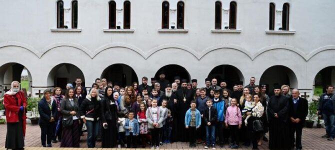 Патријарх српски г. Иринеј посетио светиње Пирота и околине