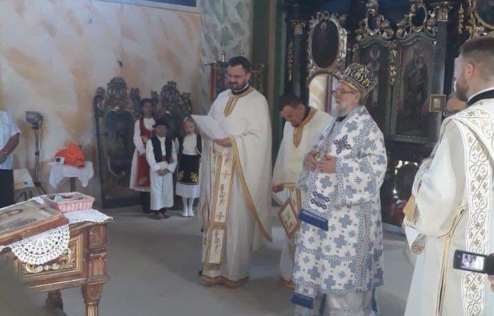 Његово Преосвештенство Епископ сремски богослужио на храмовној слави у Чортановцима