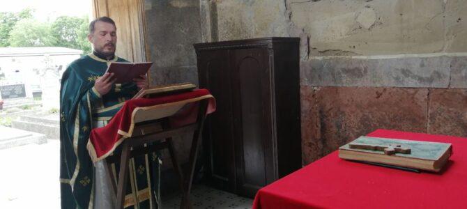 Духовске задушнице на Градском гробљу у Руми