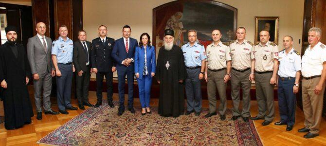 Полазници Високих студија безбедности и одбране код Патријарха српског г. Иринеја