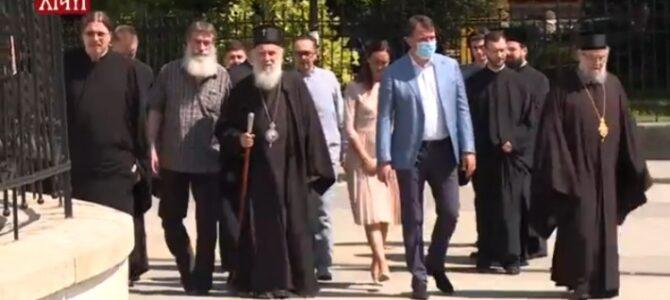 Патријарх српски г. Иринеј посетио Сремске Карловце на позив Епископа сремског г. Василија