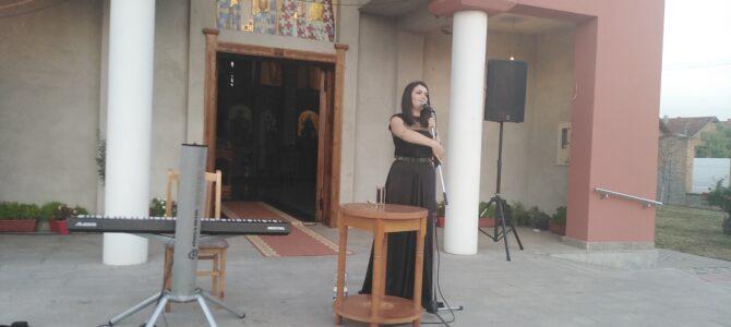 Даница Крстић – у храму Сабора српских светитеља у Руми