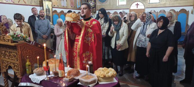 У Петрoварадину литургијски прослављен празник Светих мученица Вере, Наде и Љубави и мати им Софије