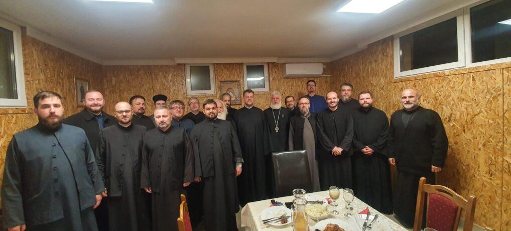 Први братски састанак новог архијерејског намесника старопазовачког са свештенством