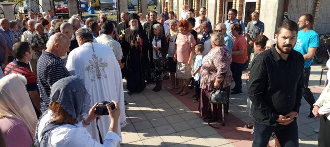 Подсећање:  Његово Преосвештенство Епископ сремски г. Василије богослужи у Руми