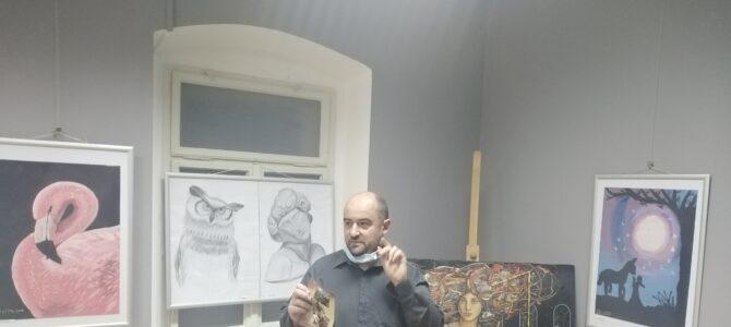 """У Руми отворена изложба ликовних радова сликарске радионице """"Леонардо"""""""