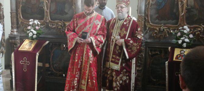 Света архијерејска Литургија и Мало освећење храма у Руми