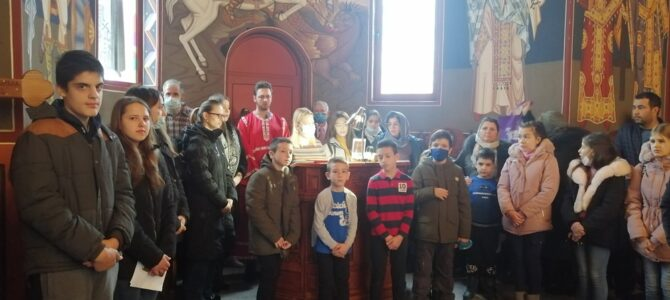 Материце у храму Светих Кирила и Методија у Бусијама
